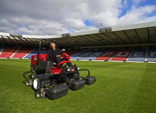 toro-reel-mowers-3550-at-sports-ground-management-in-india