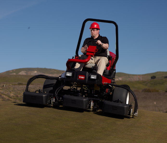 toro-reel-master-5010-at-sports-ground-management