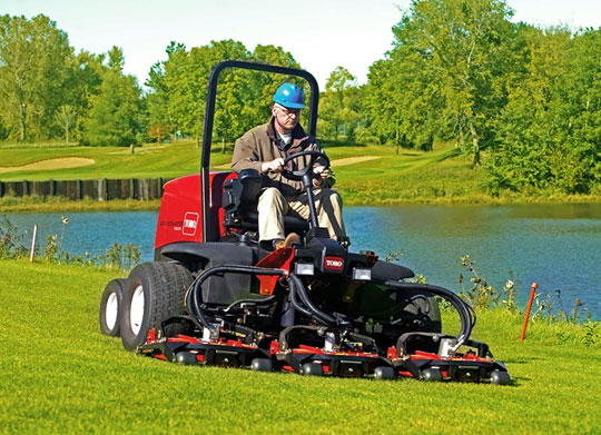 toro-grounds-master-4300-for-sports-ground-maintenance-in-india
