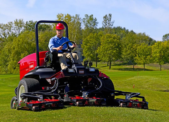 toro-grounds-master-4500-for-sports-ground-maintenance-in-india