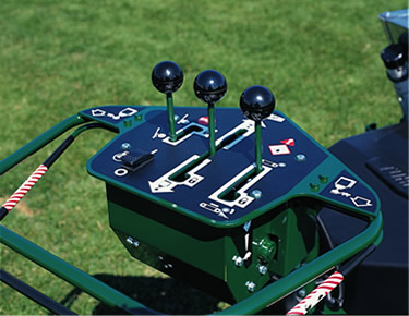 turfco-mete-r-matic-topdresser-f15b-for-sports-field